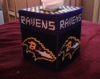 Plastic canvas Tissue box cover Ravens