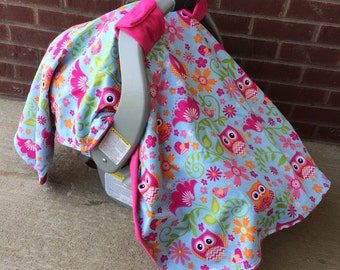 Adorable owl minky canopy. Clearence