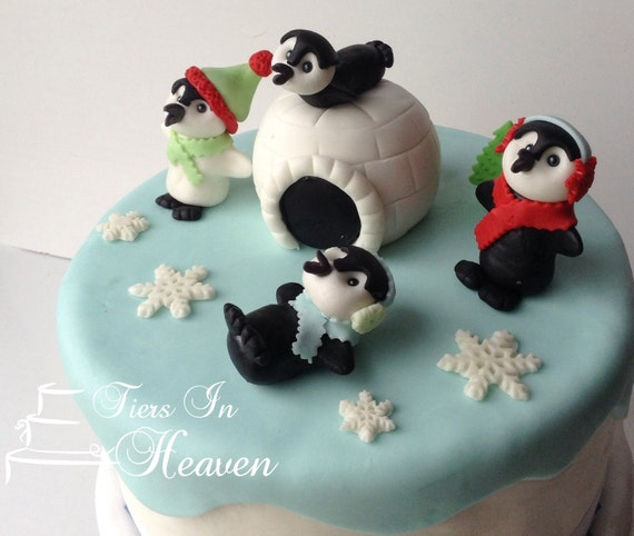 Christmas Cake Decorating Ideas Without Fondant : Items similar to CHRISTMAS CAKE TOPPER Edible Fondant ...