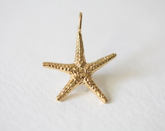 Vermeil Gold Starfish Charm 07 - medium large size finely detailed ocean nature sea life pendant
