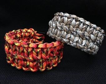 Double Cobra Weave Paracord Bracelet (custom size and color)