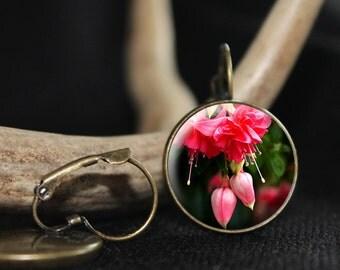 Fuscia Flower Earrings, Floral Earrings, Spring Earrings, Earrings, Flower Earrings, Spring Jewelry, Gift Earrings