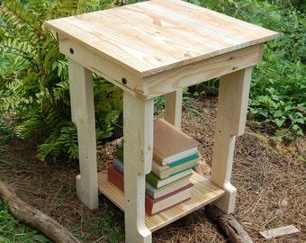 End Table/ Side Table/ Pallet / Reclaim Wood/ Nightstand
