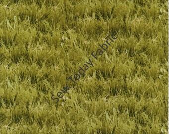 Green Grass Fields - Landscape Medley - Elizabeth's Studio 250-LIGHT GREEN (sold by the 1/2 yard)