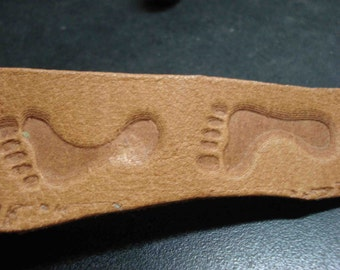 2 Stamps for leather. Left and Right foot