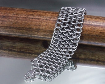 Men's Dragonscale Chainmaille Cuff