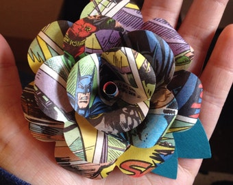 Batman Comic book boutonniere