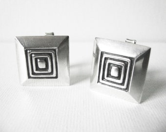 Vintage Margot De Taxco Sterling Silver Dimensional Square Cufflinks With Geometric Design