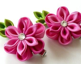 Kanzashi  Fabric Flowers. Set of 2 hair clips. Shades of pink. Pink kanzashi flowers. Pink girl hair clips.