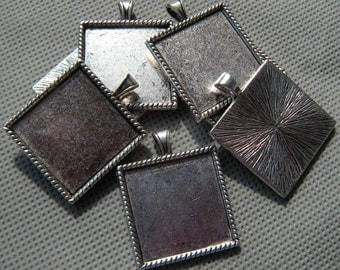 "1"" pendant tray, one inch square bezel pendants, Antique silver square pendant tray wholesale -  photo jewelry making supply - 50 pcs"