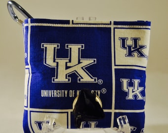 University of Kentucky poop bag pouch