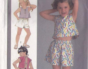 Simplicity 6923 Vintage Pattern Little Girls Pull On Pants, Shorts, and Top Size 3 and 4