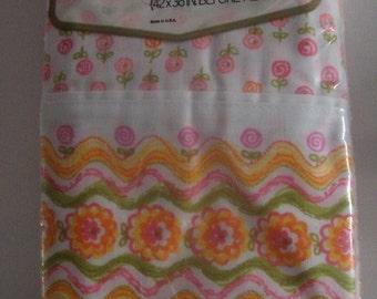 "2 Vintage Pequot luxury muslin NOS pillowcases ""Flower Pops"" bright pink/orange/yellow"