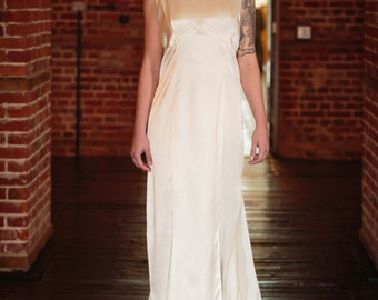 Stunning 1920's vintage wedding dress. Great Gatsby Art Deco Wedding dress