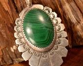 Vintage Sterling Silver - NAVAJO SIGNED LS Scalloped Malachite - Pendant (101)