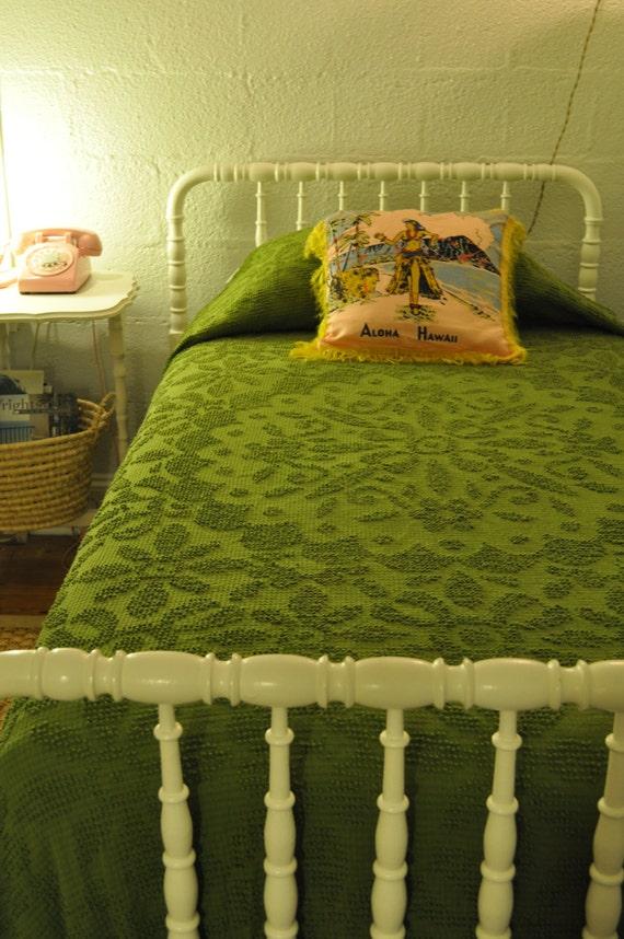 Coverlet & Quilt Bedspread Sets | Designer LivingEveryday Free Shipping· Earn Up to 15% Rewards· Stylish Designer Brands1,+ followers on Twitter.