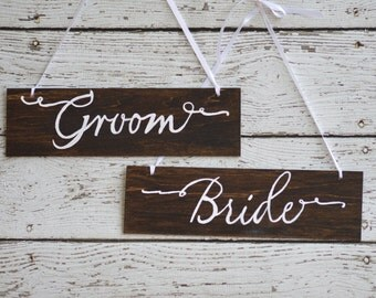 rustic bride and groom chair signs, mr mrs chair signs, calligraphy wedding bride and groom photo props, wooden signage