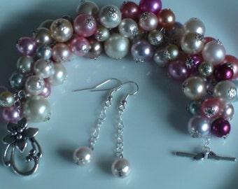Beaded bracelet Cluster bracelet pearl bracelet Set of bracelet and earrings Handmade bracelet