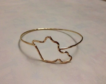 Items similar to RoseGold Heart clasp Bangle from HI ...