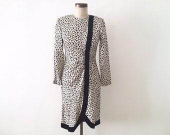 Amazing 80s Artist Dress