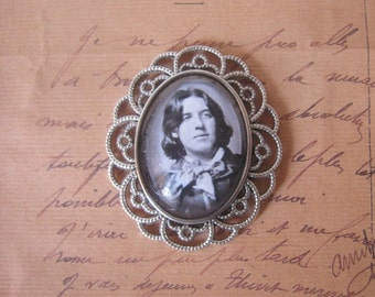 Oscar Wilde Brooch / Pin - Unique Beautiful handmade