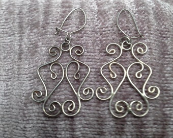 Exotic Filigree Pierced Earrings Dangle Earrings