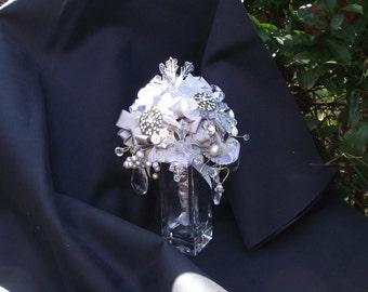 Snowflake bridal bouquet, Winter wedding bouquet, glass snowflake bouquet, winter attendant bouquet, Christmas wedding