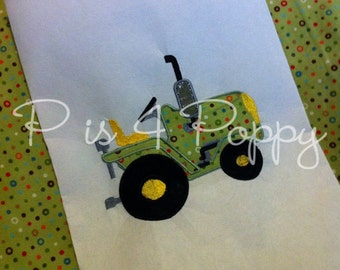 Instant download tractor applique design