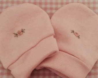 Embroidered baby mittens