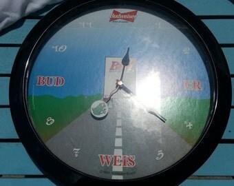 Vintage Budweiser Frog Clock - Works!!
