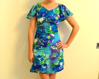 60s Blue Hawaiian Tropical Punch Mini Dress with Flutter Sleeves Empire Waist Beach Tiki Luau Party Dress Floral Polynesian