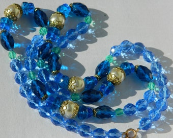 Vintage blue and greens beaded necklace