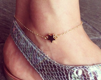 Star anklet, Gold filled, delicate and cute.