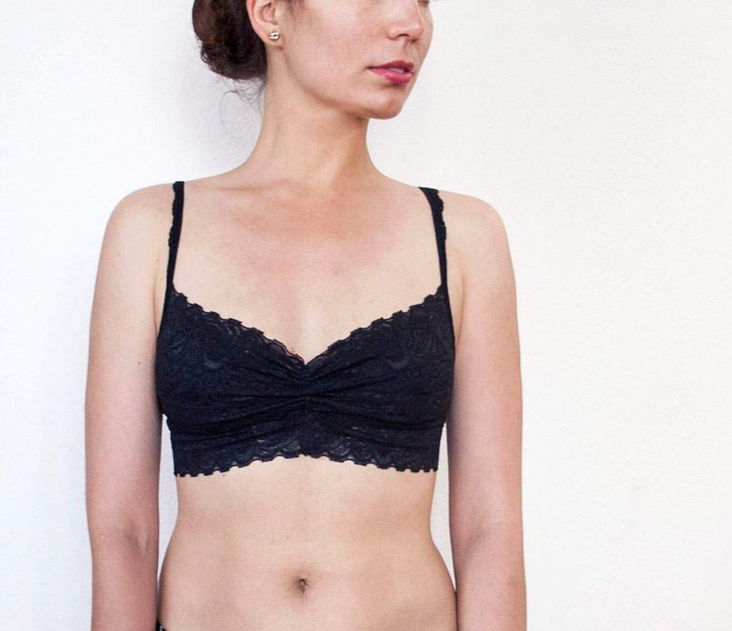 how to wear a bralette with a bra