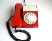 Red Iskra Vintage Telephone