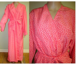 Vintage Lingerie Mary McFadden Robe/ 1970s Coral Mary McFadden Ladies lounging robe