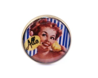 PIN-UP GIRL Ring, pin-up girl, retro, vintage style, vintage lady, Rockabilly Jewellery, phone addict, handmade ring, adjustable ring