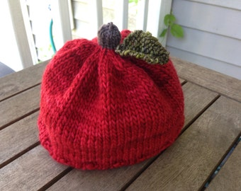 apple hat, baby hat, baby shower, apple knit hat,red knit hat, fruit hat newborn-6 months hat, red hat, baby gift, apple knit, knit hat,
