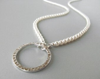 Pearl Glasses Lanyard - Pearl Eyeglass Necklace - White Eyeglass Lanyard - Beaded Eyeglass Chain - Reading Glasses Chain - Pearl Lanyard