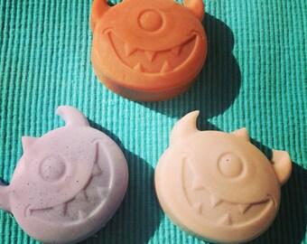 Monster face soaps (4), monster party favors,  monster first birthday, kids gift, vegan, boy birthday party favors,