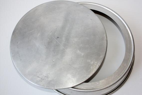 Vintage Mirro 9 Round Cake Pan Removable Bottom Cheese