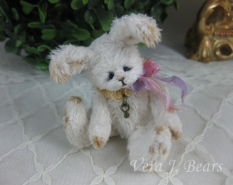 "Miniature Artist Bunny Rabbit for Bear or Doll Handmade 3"" by Vera J.Bears"