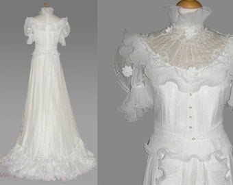 70s flower power wedding dress, vintage wedding dress, M