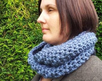 SAMPLE SALE PRICE Chunky crochet scarf, chunky cowl, chunky infinity scarf.