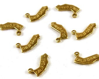 6x Brass Engraved California State Charms - M057-CA