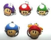 Mario Mushroom Keychain S...