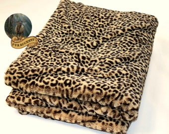 FUR ACCENTS Minky Cuddle Fur Throw Blanket / Reversible / Spotted Leopard