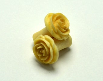 Rose Flower Ear Gauge Plugs (4g) - Crocodile Wood