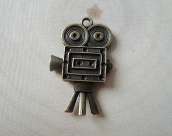 5Pcs  38x25mm antique bronze camera charming   (A283)