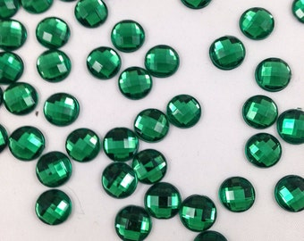 100 Faceted Green Rhinestones, 10mm Rhinestones, Acrylic Rhinestones, Green Cabochons